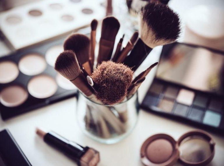 Make-up für unreine Haut. Wie bekommt ihr ein perfektes Aussehen?