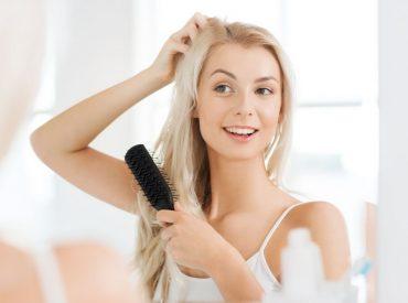 Mädels, heute sprechen wir etwas über die Haarpflege – einerseits wissen wir sehr viel zu diesem Thema und andererseits gibt es immer noch viele Elemente, die wir einfach vergessen. Heute will ich diese Elemente besprechen. Ihr findet hier 3 Elemente der Haarpflege, die nicht zu vergessen sind. Und es geht nicht darum, sie nicht zu […]